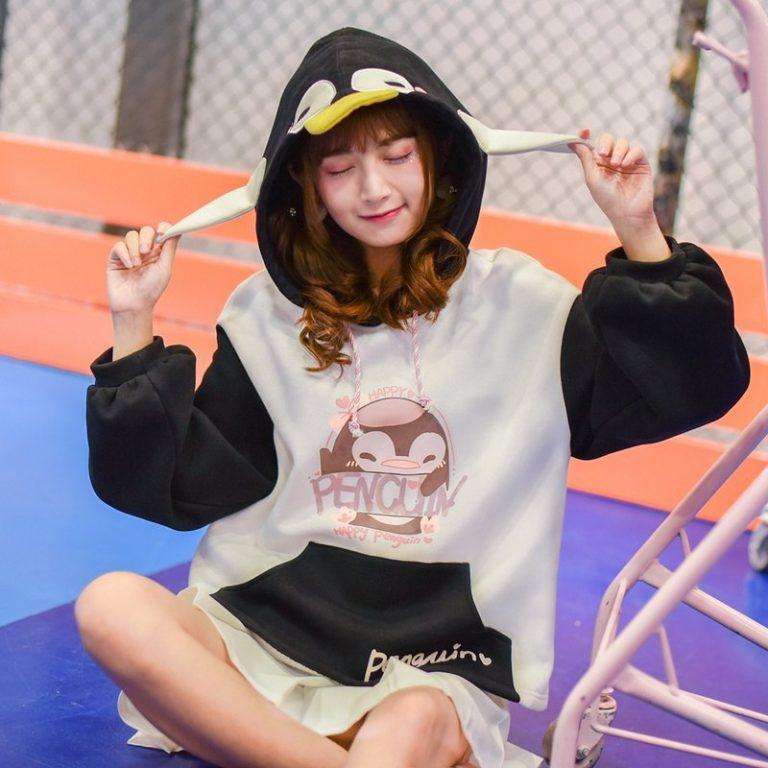 Penguin Sweatshirt 4