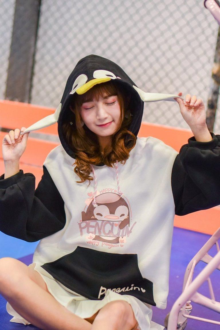 Penguin Sweatshirt 5
