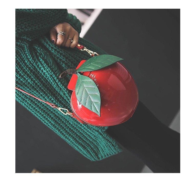 Bolso manzana roja Blancanieves 9