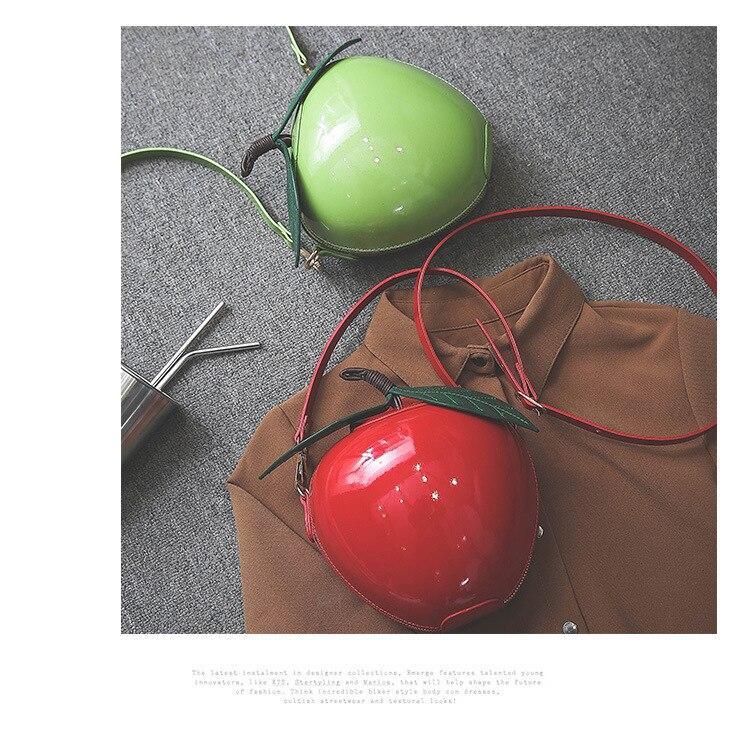 Bolso manzana roja Blancanieves 7