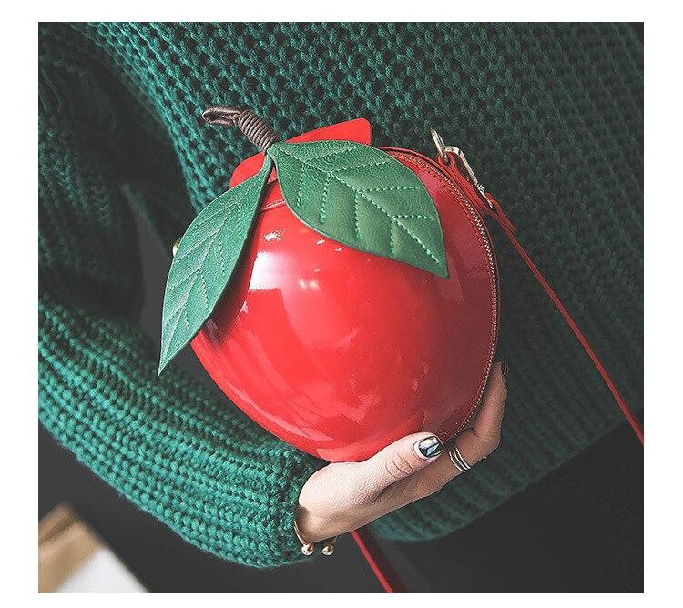 Bolso manzana roja Blancanieves 8