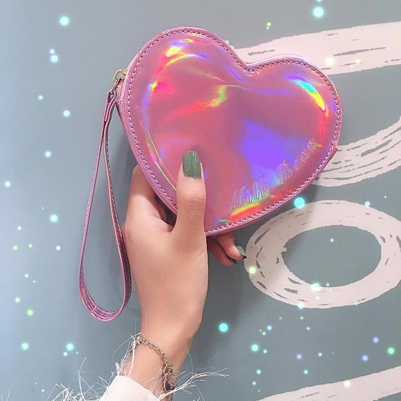 Wallet pocket pink heart holographic 1