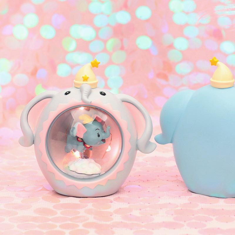 Deco lamp Dumbo Flying super cute 4
