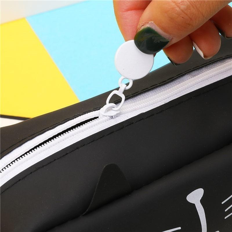 Super cute pen case.  Cat Lover item 14