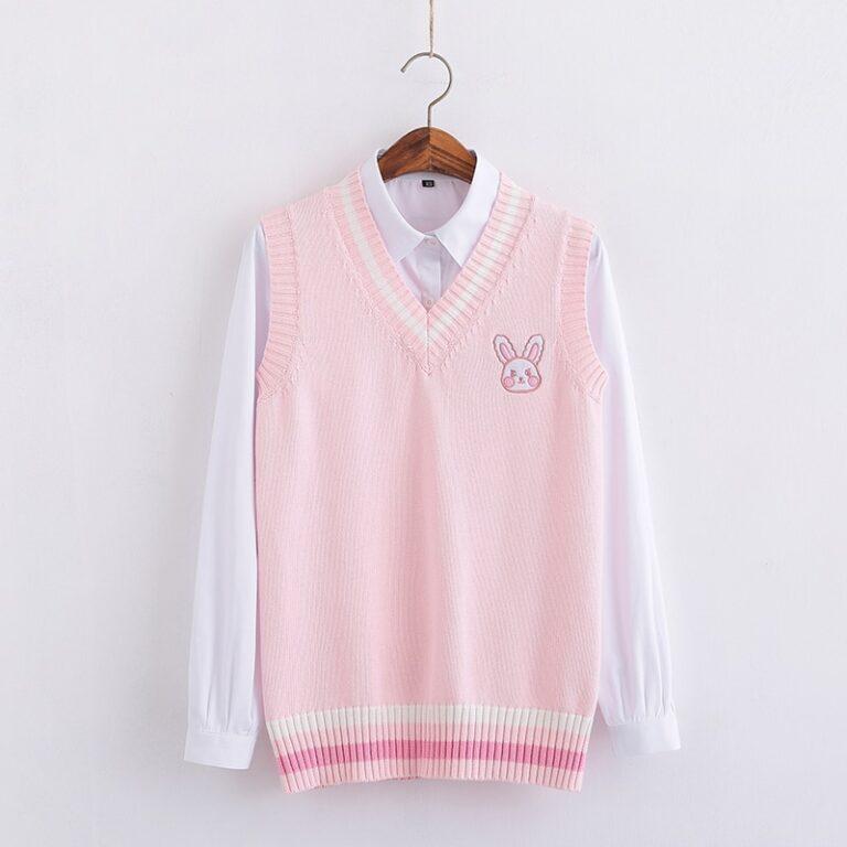 Chaleco de punto kawaii rosa pastel con conejito bordado 1