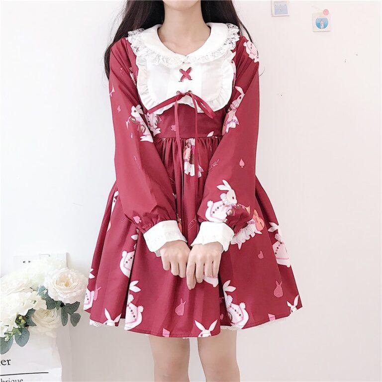 Vestido de lolita rojo con motivos de conejo 9