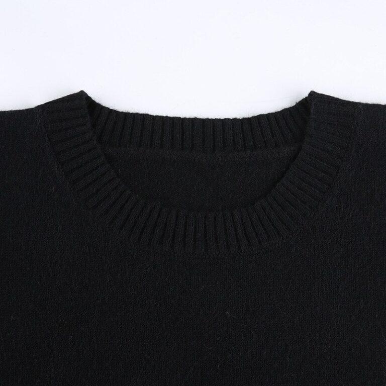 Sudadera corta negra con calaveras 10