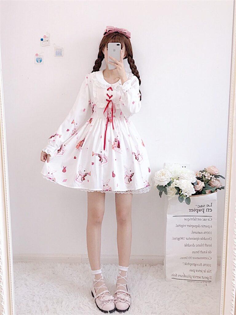 Vestido de lolita rojo con motivos de conejo 20