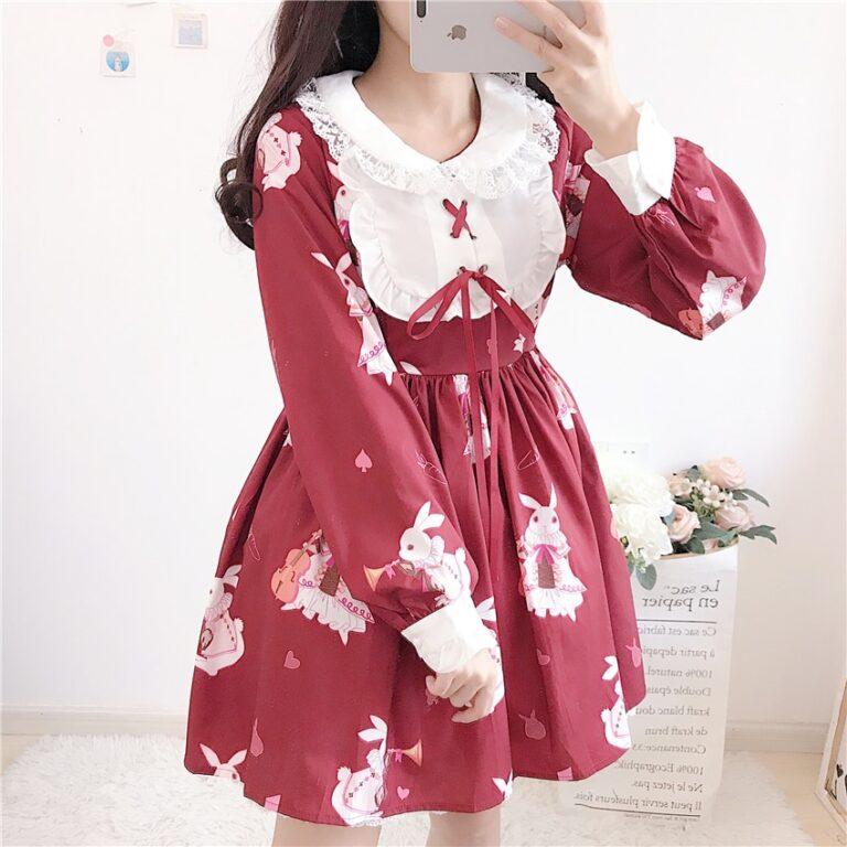 Vestido de lolita rojo con motivos de conejo 11