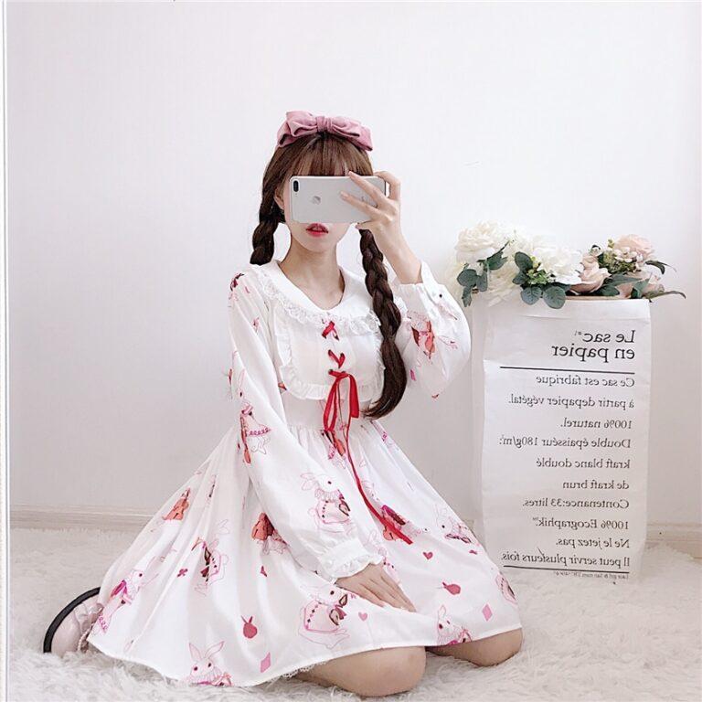 Vestido de lolita rojo con motivos de conejo 18