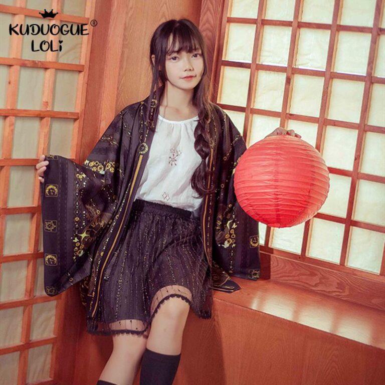 Kimono negro y dorado 2