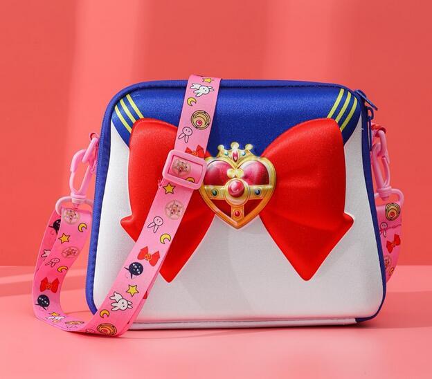 Sailor Moon-Bolso de hombro para chica, bolsa de maquillaje de gran capacidad para Cosplay, bolso de cosméticos, bolsa de viaje, regalo de Navidad 2