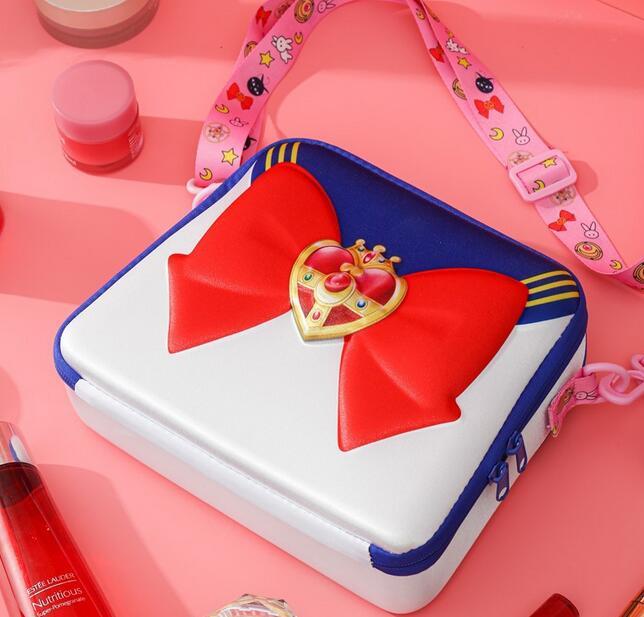 Sailor Moon-Bolso de hombro para chica, bolsa de maquillaje de gran capacidad para Cosplay, bolso de cosméticos, bolsa de viaje, regalo de Navidad 1