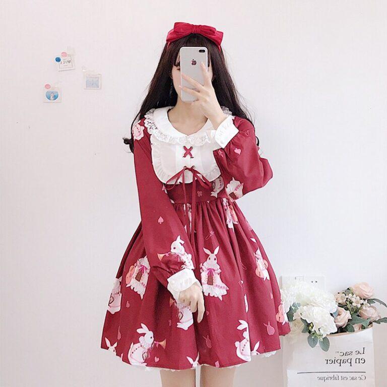 Vestido de lolita rojo con motivos de conejo 2