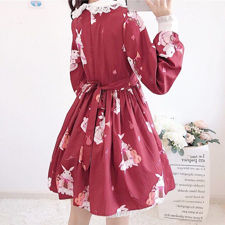 Vestido de lolita rojo con motivos de conejo 3