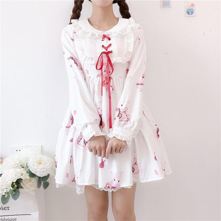 Vestido de lolita rojo con motivos de conejo 5