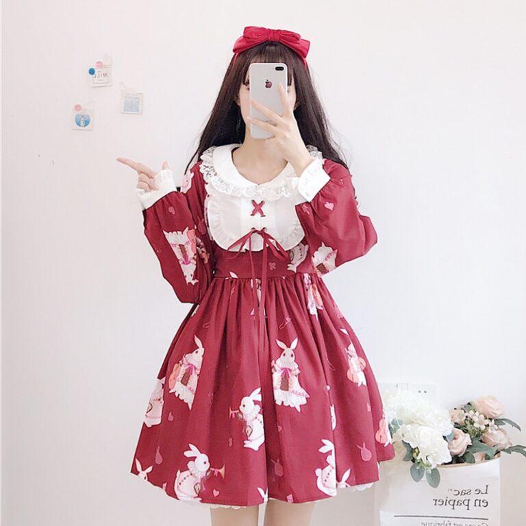 Vestido de lolita rojo con motivos de conejo 1